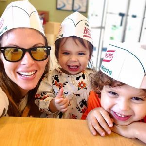 mom-shaming mother for taking kids to Krispy Kreme donuts