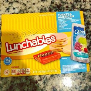 mom-shaming about the food we give our kids lunchables